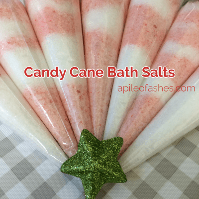 Candy Cane Bath Salts | apileofashes.com