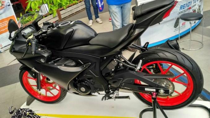 Suzuki Gsx R150 Bakal Kena Update Warna Velg Dan Striping