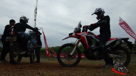 riding posisi CRF 250 Rally