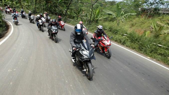 Edukasi Balap di Track Day Honda CBR