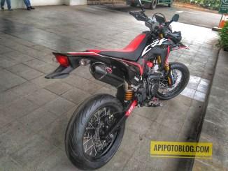 Honda crf150l supermoto