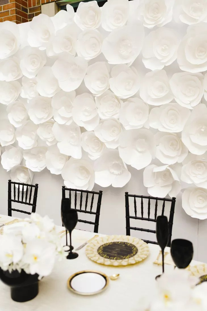 Black Gold and White Table Decor