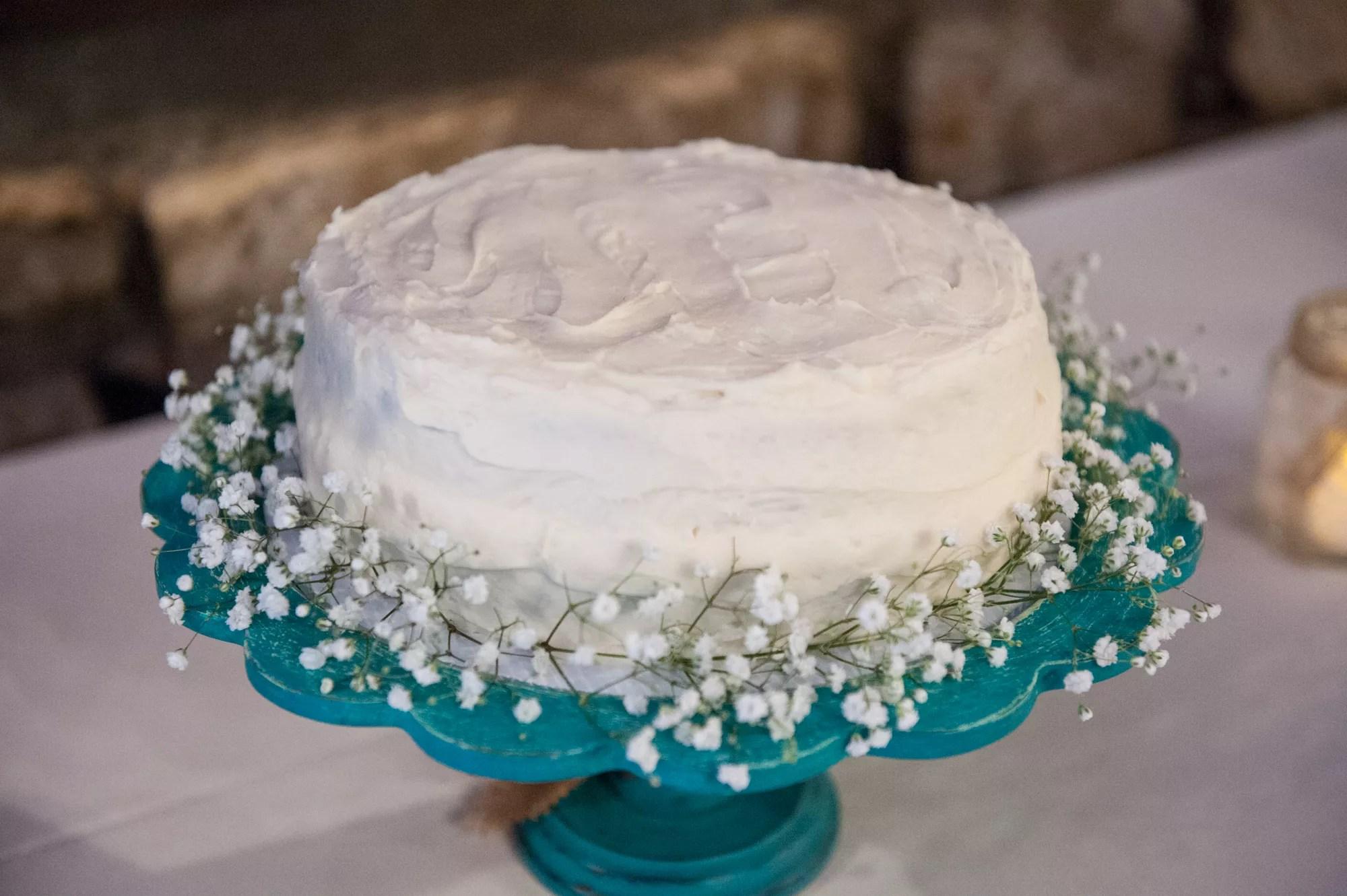 Simple One Tier White Wedding Cake