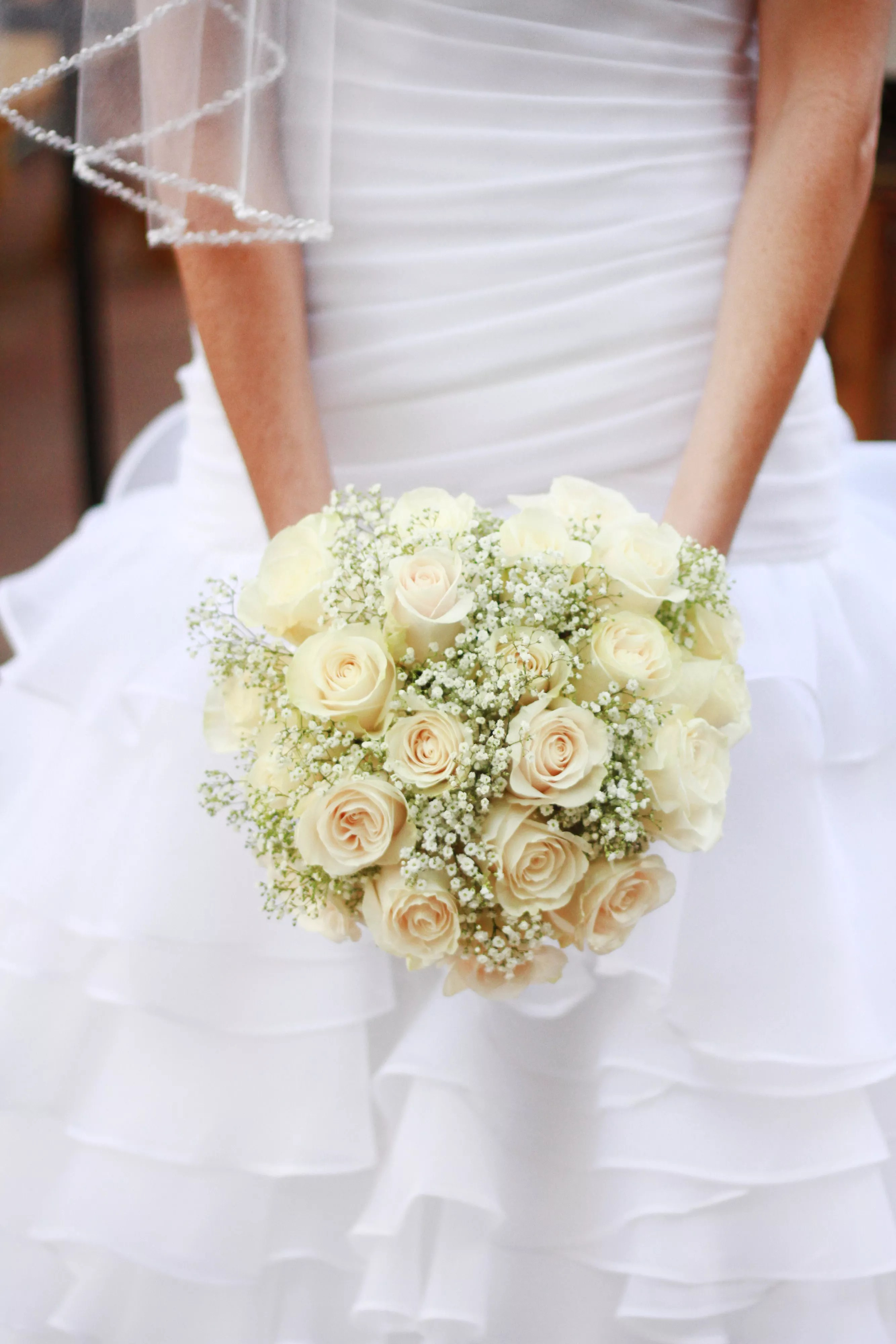 DIY Classic Ivory Rose and Babys Breath Bouquet