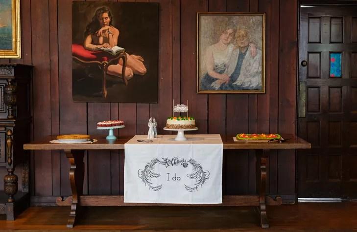 A Modern Summer Wedding at the Scarab Club in Detroit Michigan