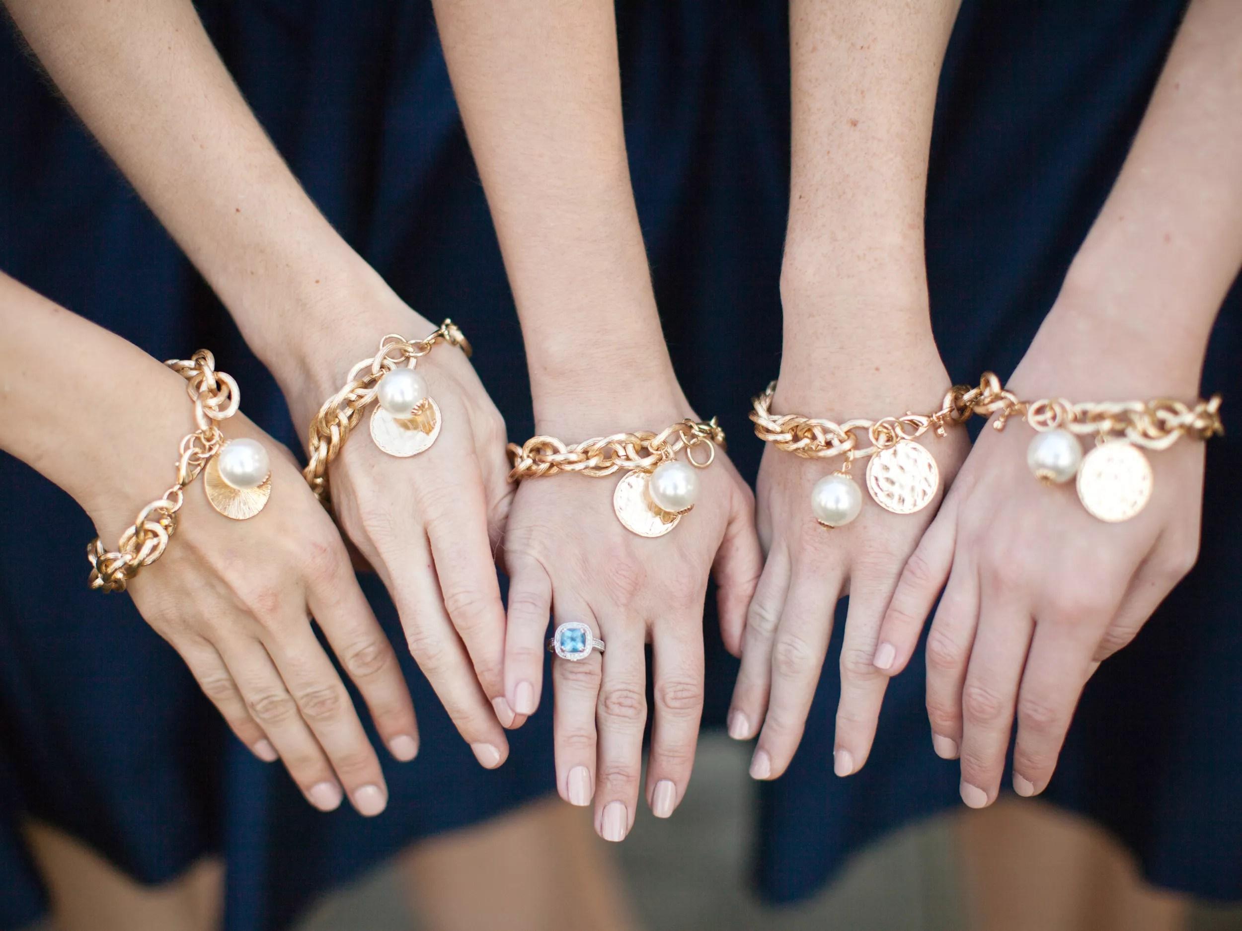Bridesmaid Gift Shopping Tips & Etiquette