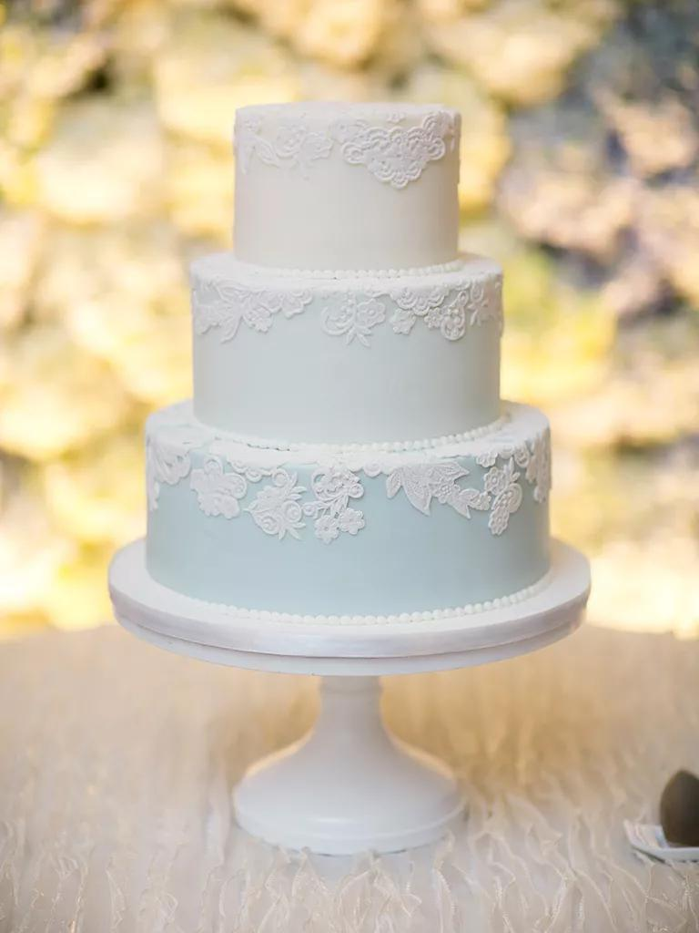 Simple And Unique Wedding Cake Inspiration