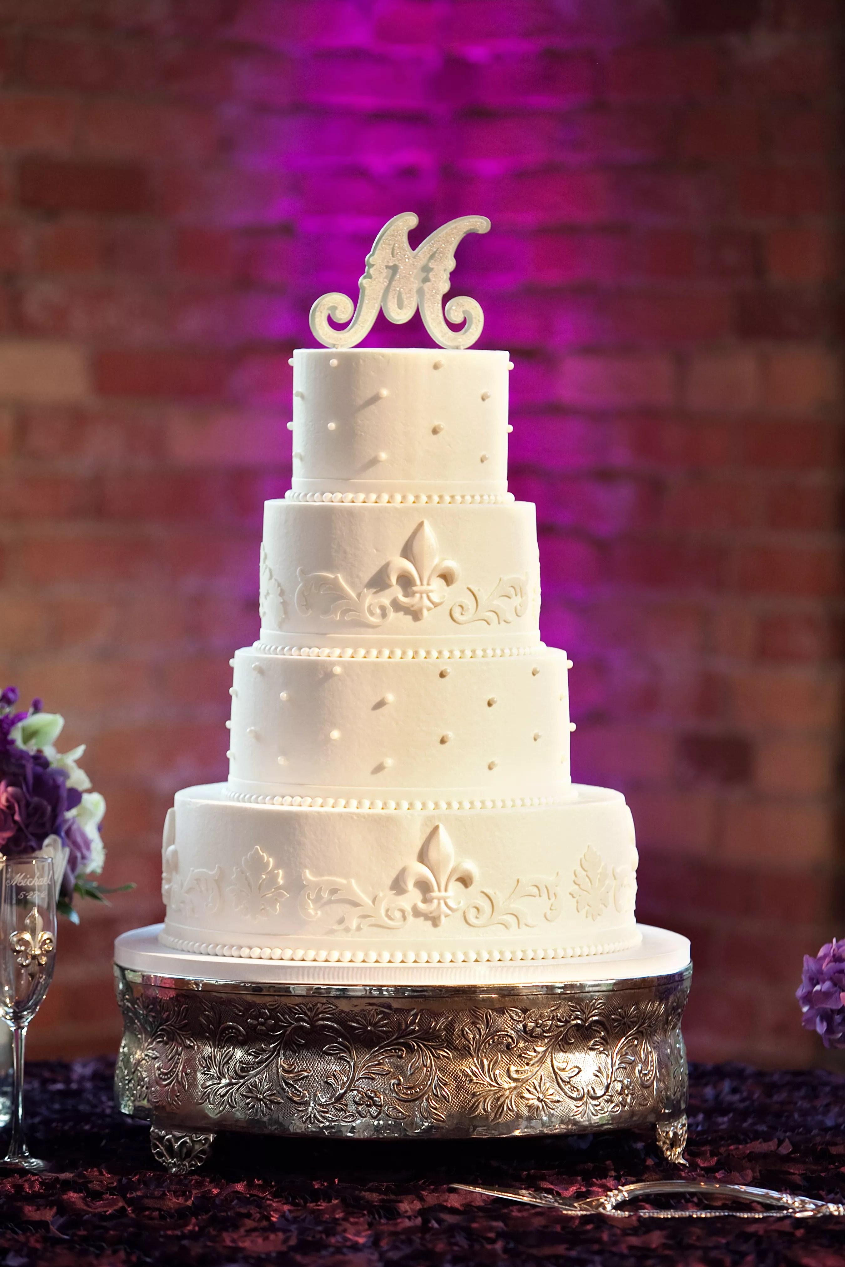 Fleurdelis Cake