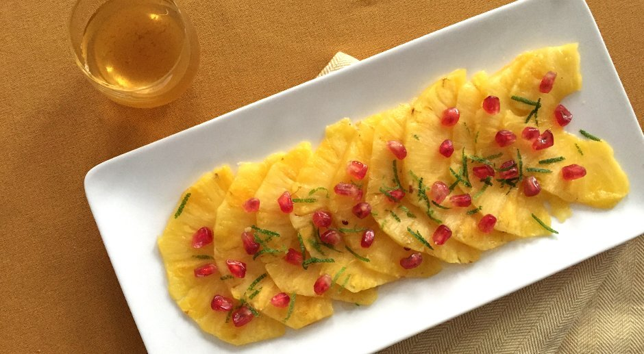 Pineapple carpaccio with lime and honey syrup