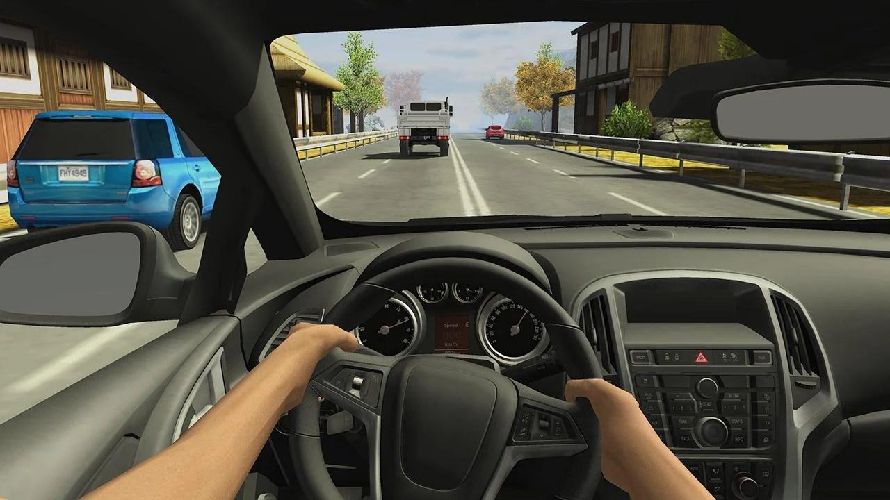 Racing in cars 2 screens 0