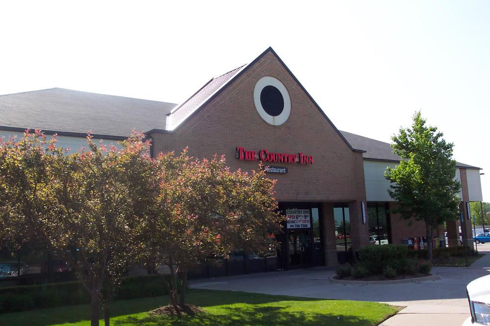 Macomb Centre Plaza North View