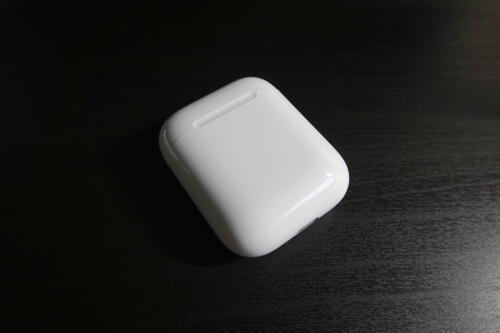 AirPods 2、第二代 AirPods、開箱
