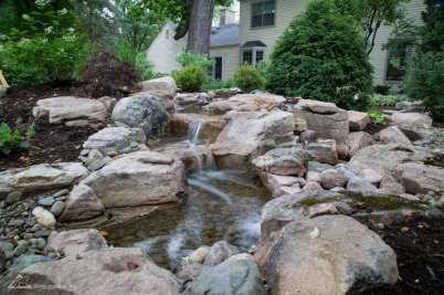 outdoor water features example