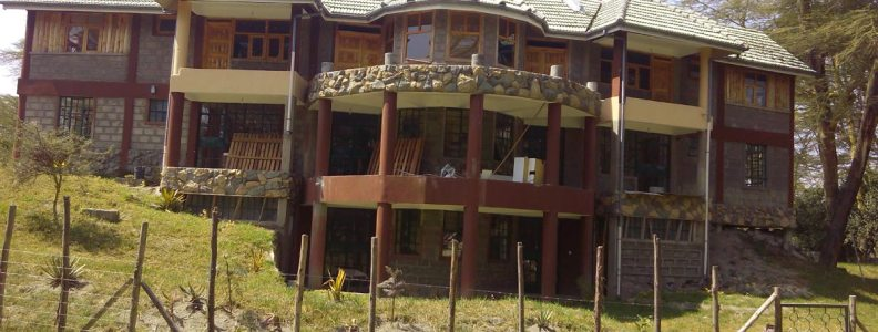Ole Itiko Cottages