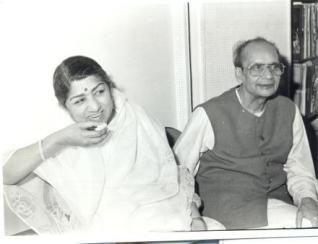 Lata and Pandit Narendra sharma