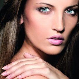 Spezielle Aufbaustoffe für Haut, Haare & Nägel
