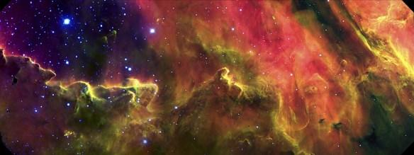 Cantil meridional da nebulosa Lagoa