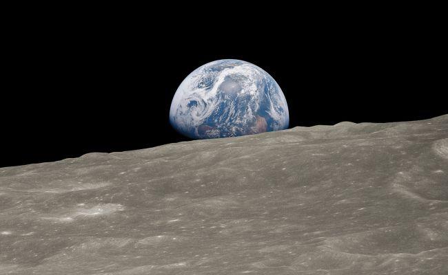 Apod 2018 December 24 Earthrise 1 Historic Image