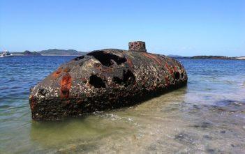 x640px-Sub_Marine_Explorer_Wreck-351x221.jpg