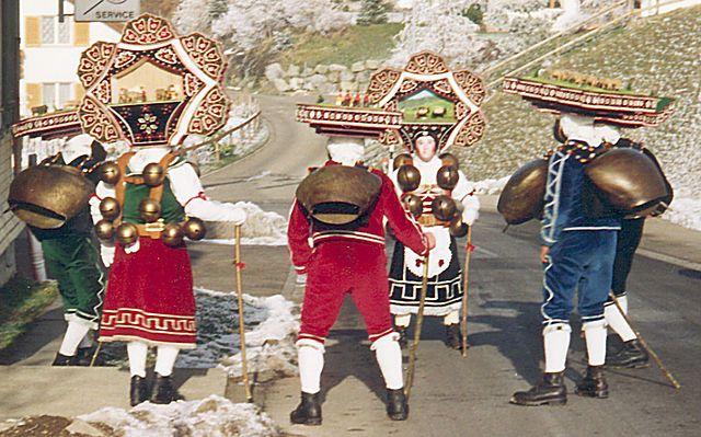 In deze Zwitserse streek viert men Oud en Nieuw met Klazen volgens Juliaanse kalender