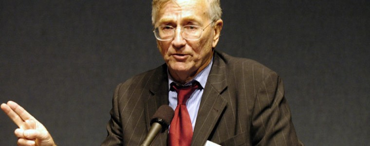 Ten Bombshell Revelations From Seymour Hersh's New Autobiography