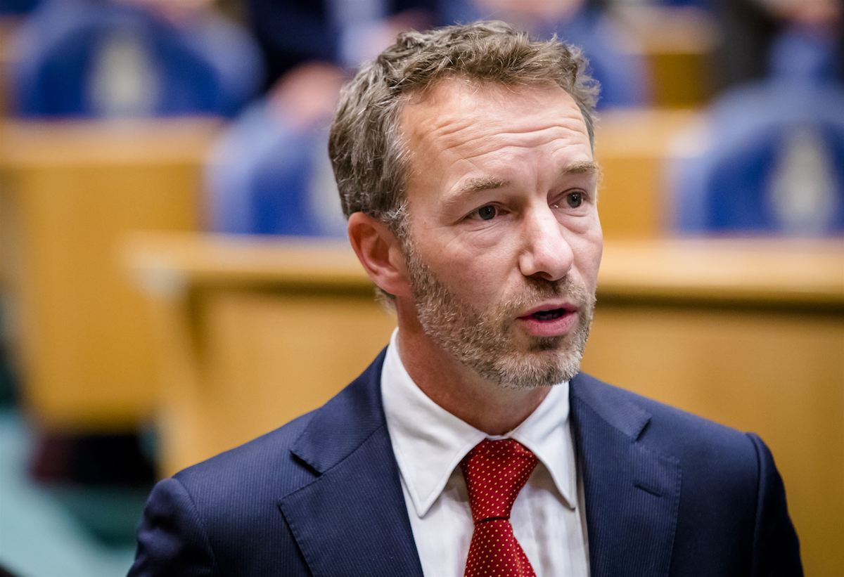 Kamerlid Van Haga zet zichzelf 'op afstand' van zijn bv's, maar strijkt de winst daaruit nog altijd op