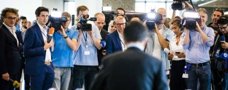 De Corrupte Mainstream Pers in Nederland