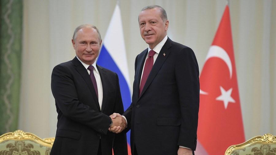 Erdogan seeks to find positive solution on Idlib as he meets Putin in Sochi