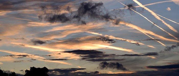 Klimawandel und Chemtrails: Wird das Wetter absichtlich beeinflusst?