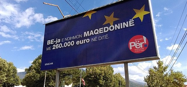 Macedonië blijft diep verdeeld over nieuwe naam