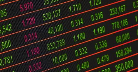 De heist van de eeuw: bende van bankiers en speculanten maakt overheden 52 miljard euro lichter
