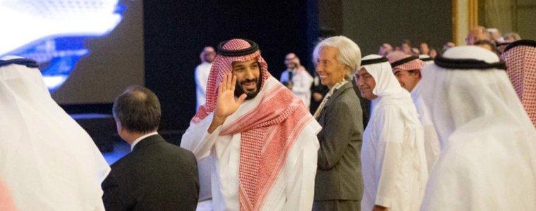 Khashoggi who? Saudi Crown Prince bin Salman all smiles, $50B in deals signed (Video)