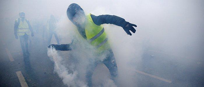 gelbwesten-und-terrormanagement-eskalieren-proteste-um-gestoppt-zu-werden