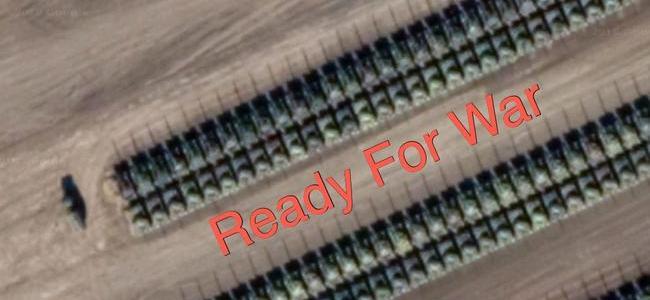 new-satellite-imagery-shows-hundreds-of-russian-battle-tanks-amassing-on-ukraine-border