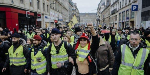massenproteste-gegen-macron-in-ganz-frankreich