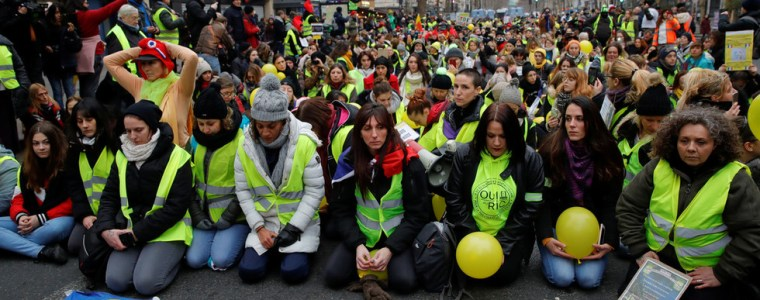 french-pm-says-new-tougher-laws-on-unauthorized-protests-coming-in-wake-of-yellow-vest-clashes
