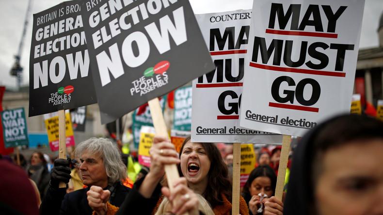 nach-franzosischem-vorbild-demonstranten-in-london-fordern-neuwahl-und-ende-der-sparpolitik