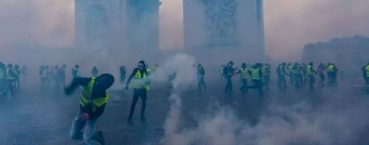 like-israel-the-french-government-uses-chemical-markers-and-nanoparticles-on-demonstrators.-8211-dutch-anarchy