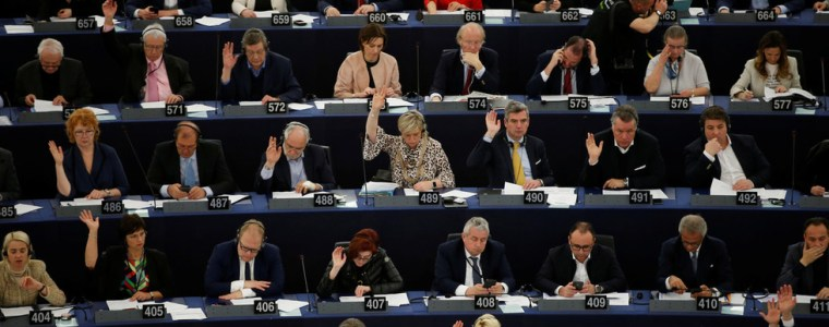 wrong-button-10-meps-who-voted-to-reject-debate-on-article-13-say-they-didn8217t-mean-to