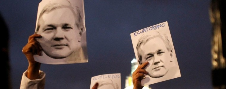 bashing-of-assange-is-linked-to-reportage-on-ecuador-presidents-corruption-scandal-wikileaks