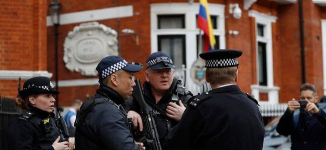 heavy-police-presence-supporters-gather-outside-embassy-as-assange-expulsion-looms