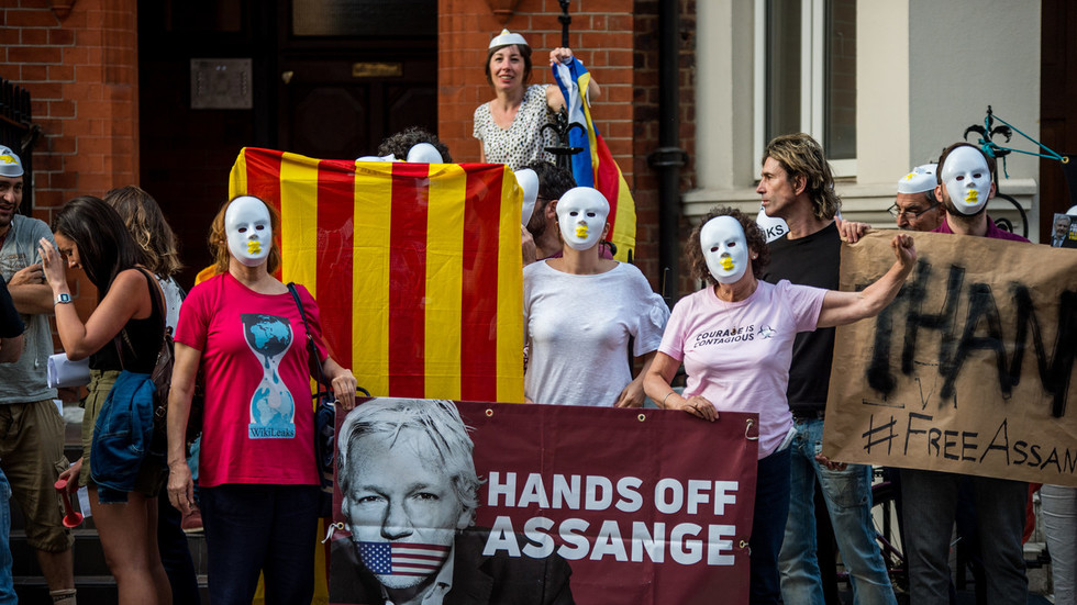 extensive-spying-operation-against-wikileaks-founder-assange-revealed-watch-live