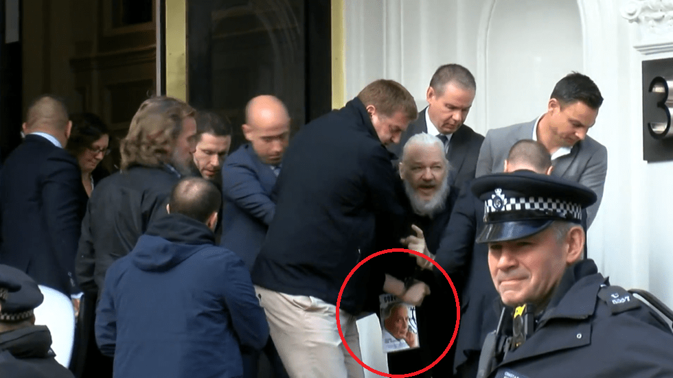 national-security-amp-imperial-presidency-what-book-julian-assange-was-reading-during-his-arrest