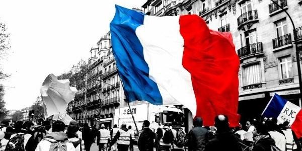 is-franse-terreur-tegen-giletsjaunes-de-voorbode-van-de-eu-politiestaat-acte23-8211-de-lange-mars-plus
