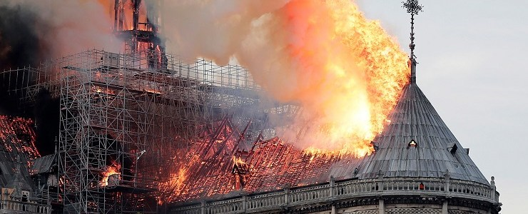 notre-dame-glory-or-shame-new-eastern-outlook
