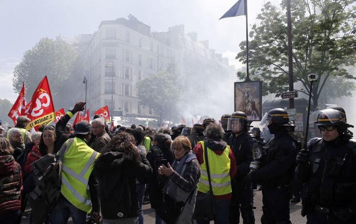 gelbwesten-protestieren-in-frankreich-zum-24.-mal-in-folge-videos