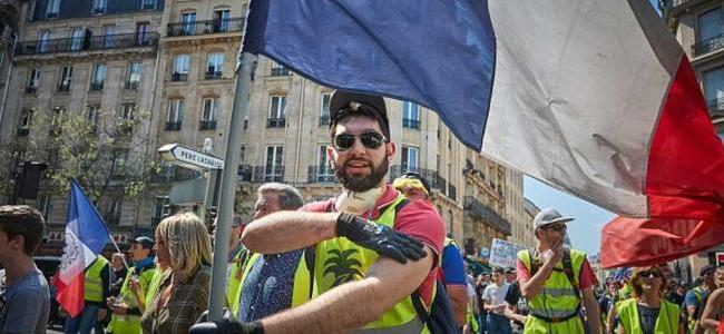 tipping-point:-the-gilets-jaunes-are-winning,-what's-next?