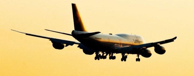 einreise-per-flugzeug:-regierung-erklart-fluchtlingszahlen-zur-geheimsache