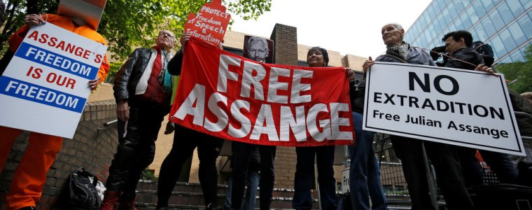 assange-indictments-aim-to-'discourage-media-from-reporting-atrocities-&-war-crimes'