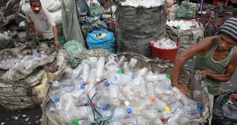 trash-wars-part-deux:-philippines-now-shipping-barge-of-illegal-trash-back-to-canada